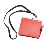 Notes z długopisem na smyczy czerwony, 70 kartek, materiał tworzywo, poliester, kolor czerwony 17079-04